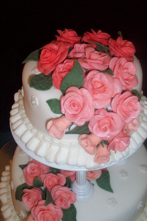 Fondant Roses - Nic s Creative Cakes